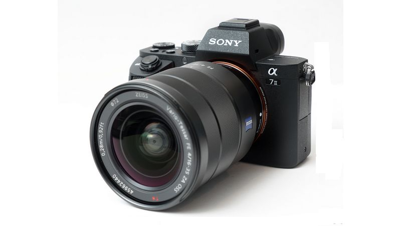 Le PDG de Sigma confirme que des objectifs pour les appareils Sony FF sont en développement
