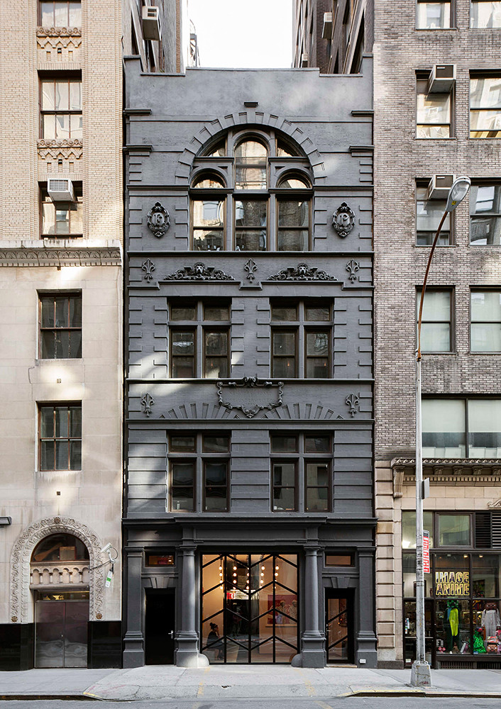 Office space design of the former firehouse in New York Sundeno_10