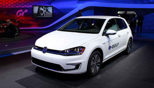Volkswagen e-Golf 1