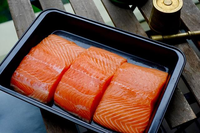 paticheri_salmonpineapplegingerchutney1