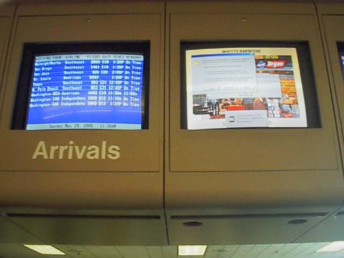 windows error in the airport | by jilly999