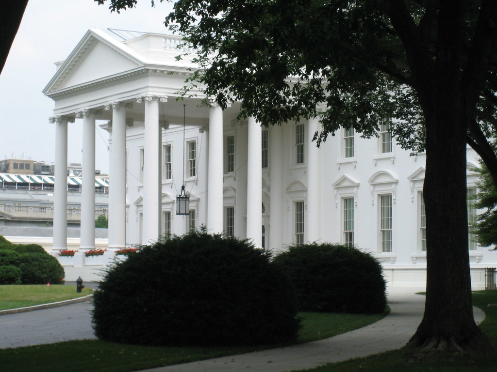 White House close up(ish) | closer view of the front | Flickr