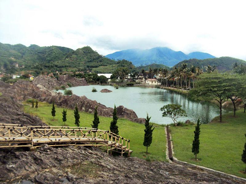 14-scenery-info.pikiranrakyat