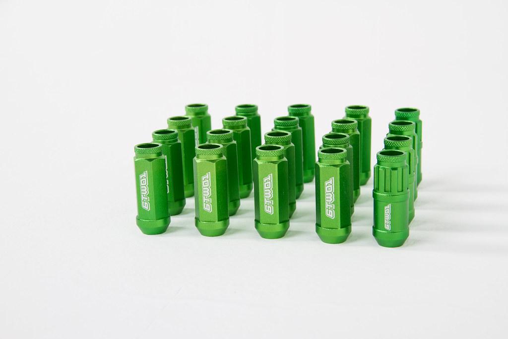 Green lugs