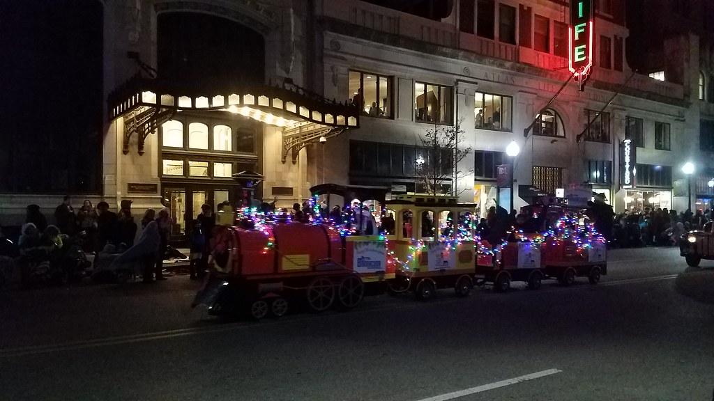 photo httpwwwtulsaroute66bailbondscom tulsa christmas parade 2016 photo