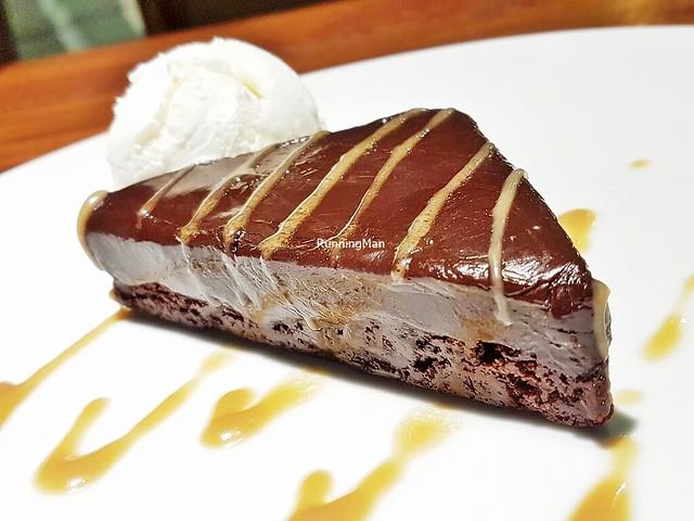 Brownies A La Mexicana Con Helado Y Dulce De Leche