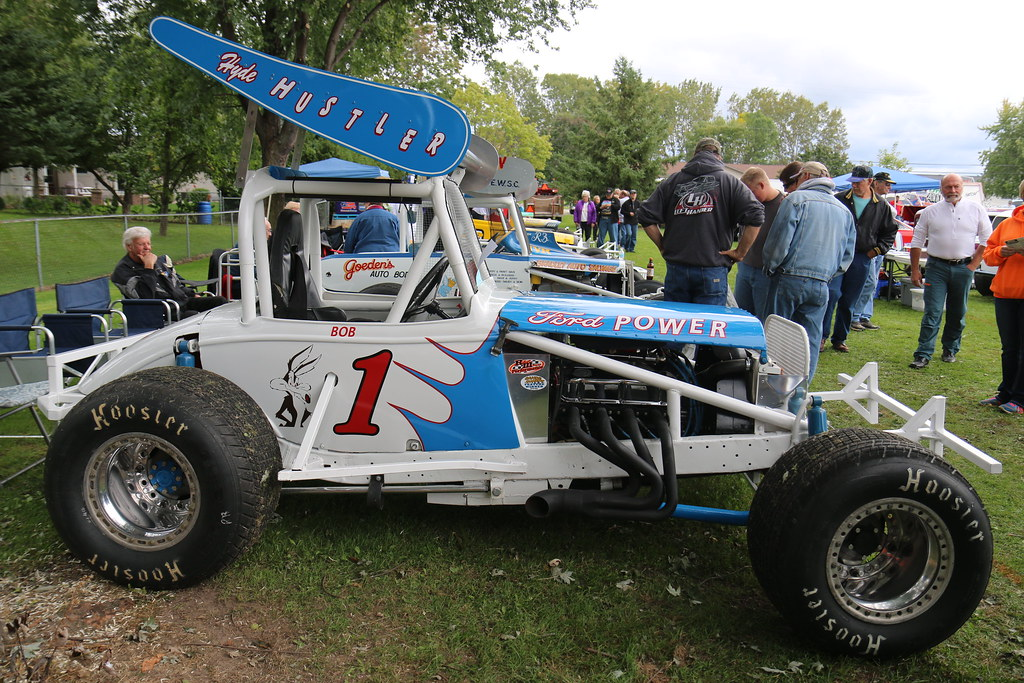 Ford Sprint Car Racing