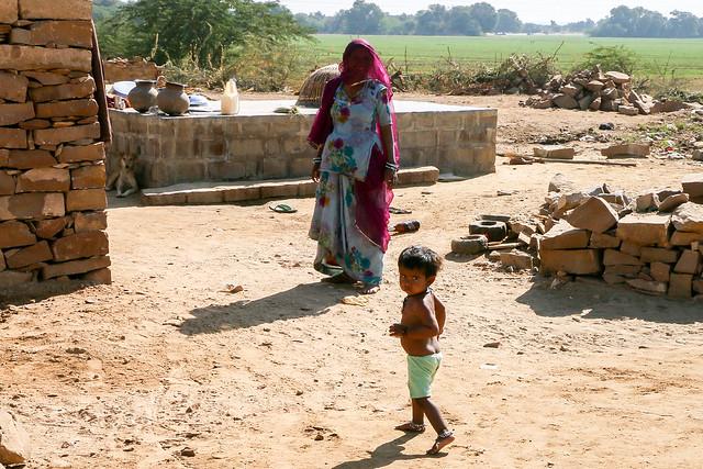 A local house in Lodurva, Jaisalmer, India ジャイサルメール郊外 ロアーバの民家