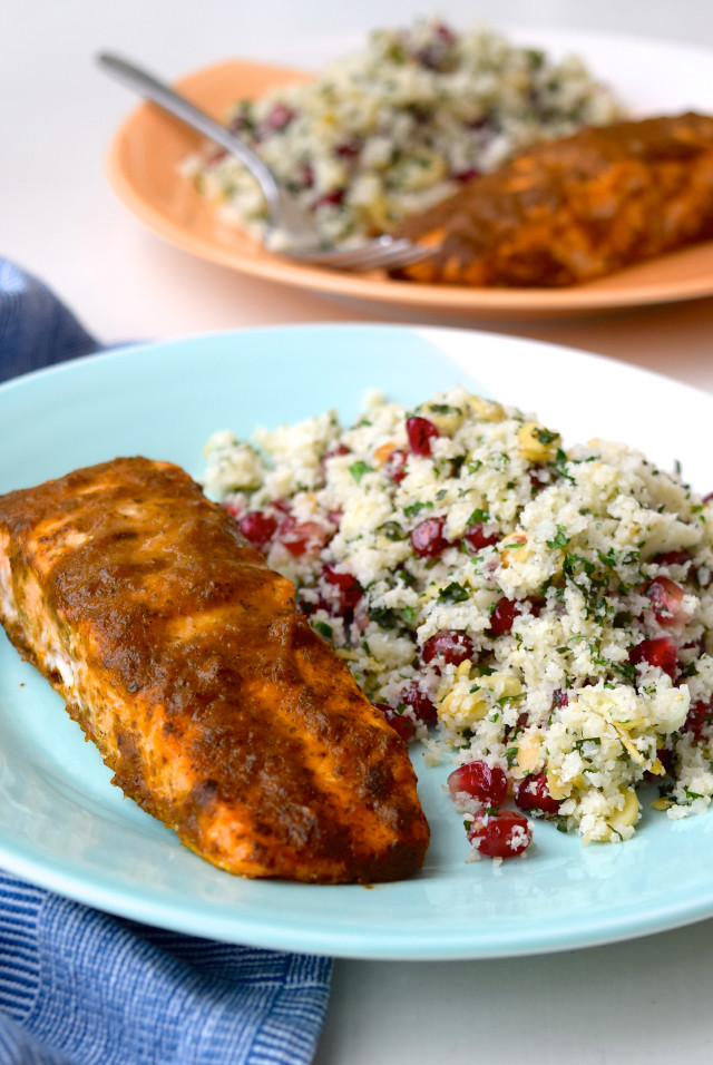 Quick Curried Salmon with Cauliflower Tabbouleh | www.rachelphipps.com @rachelphipps