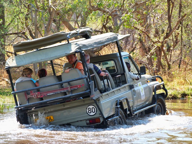 Todoterreno de Mopane Game Safaris en Botswana