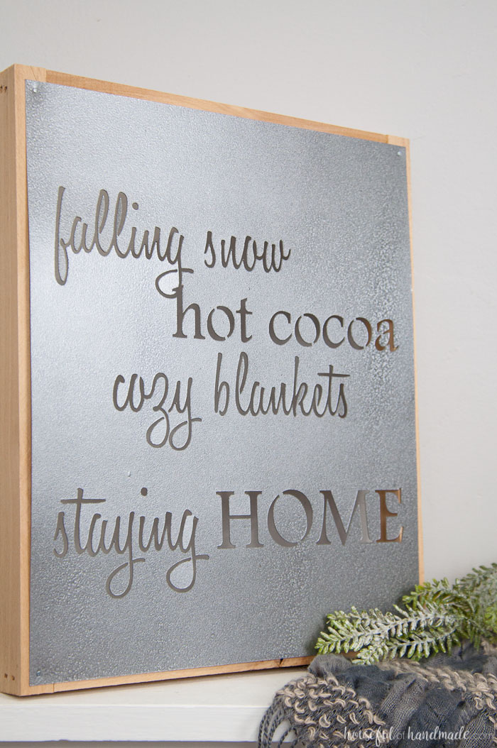 faux-metal-farmhouse-sign-diy-9