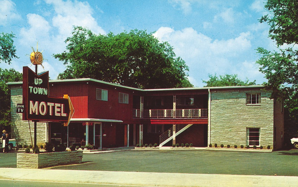 Up Town Motel - Lebanon, Tennessee