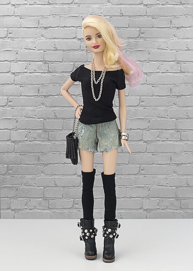 Barbie rapada