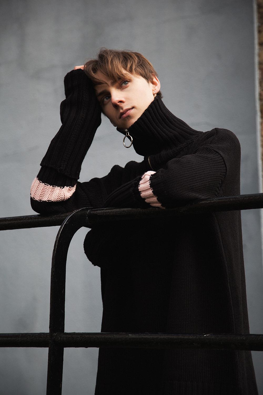 MikkoPuttonen_Fashionblogger_london_13Month_EtudesStudios_EditionsMr_Marni_outfit2_web