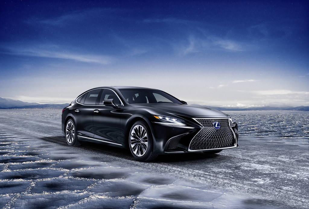 2018 Lexus LS 500h makes its world premiere at the 2017 Geneva Motor Show