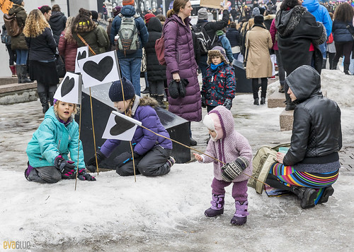 planting love - manif des femmes women's march montreal 02 | by Eva Blue