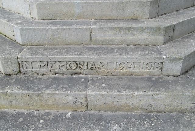 Abernethy War Memorial WW 1.