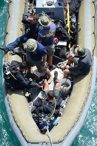 US, Bangladesh Navies Strengthen Maritime Partnerships during 5th CARAT Bangladesh