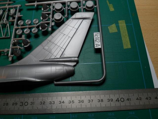 DC-6b Sécurité Civile de HELLER au 1/72ème - Page 3 21550256455_256c7a3a64_o