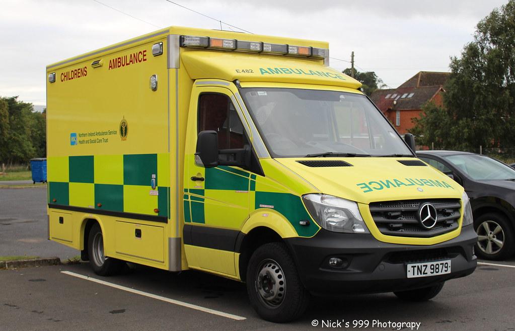 Northern Ireland Ambulance Service E482 Tnz 9879 Mer