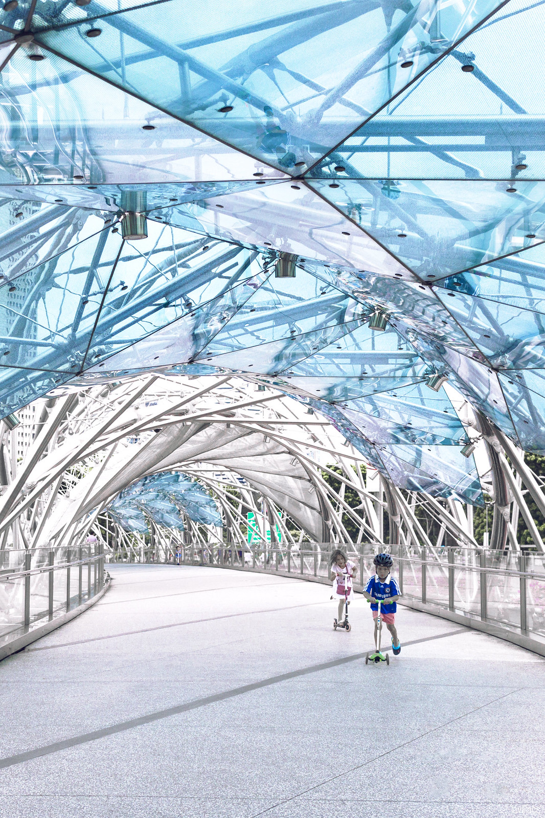 lavlilacs Singapore Marina Bay Sands Helix Bridge walkway
