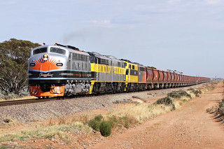 B61 S317 GM27 GM10 S302 4578s SSR Wagon Transfer Winninowie-A 02 12 2016 | by EMD4301