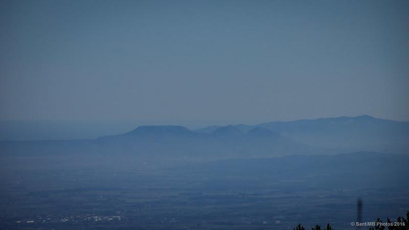 El Montgrí y el Montnegre desde Les Salines