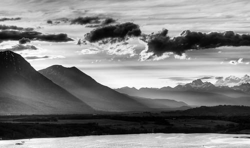 Photographer Curtis Cunningham - fog and shadows