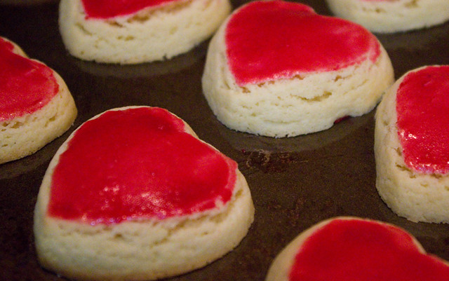 Valentine's Day Cookies: Cookie Monster's Famous Cookie Dough ...