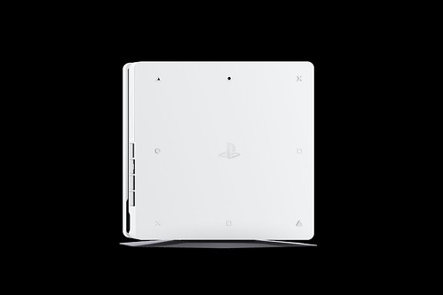 PS4_2000_White_06 (1) | by PlayStation Europe