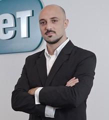 Alejandro Salvatori, Eset