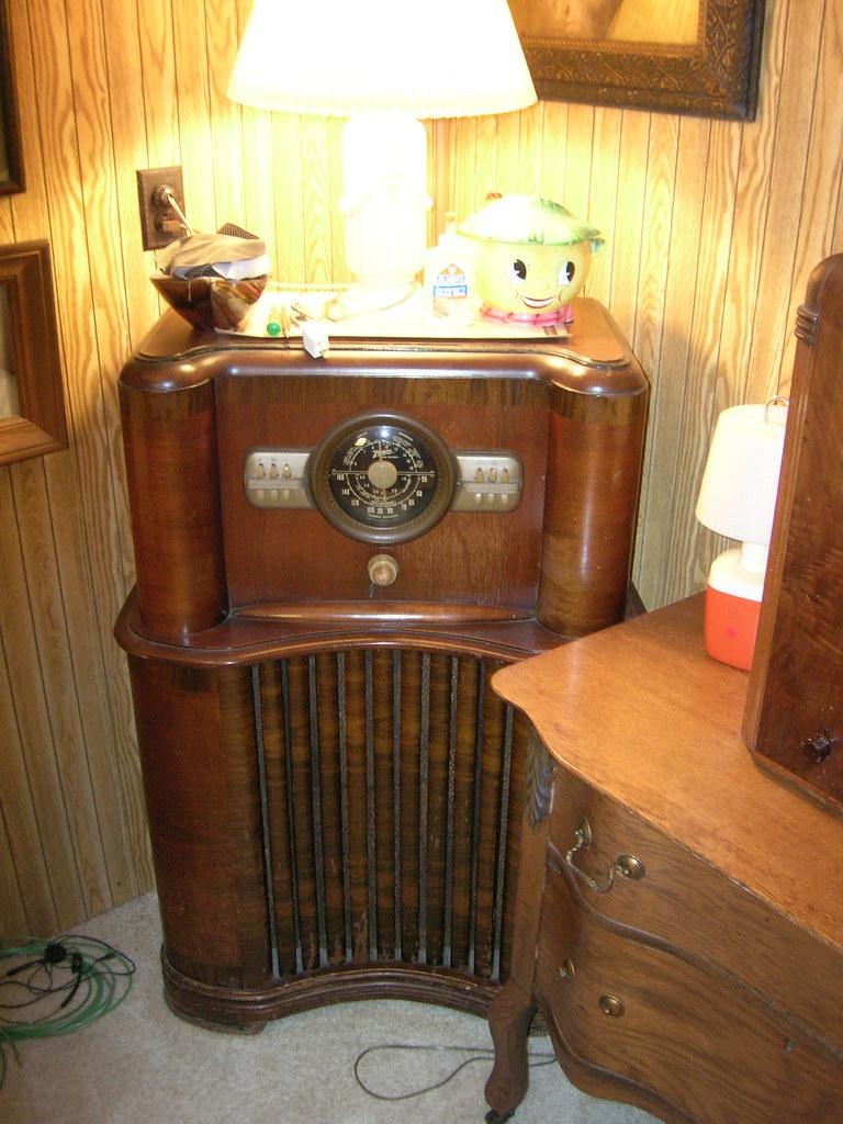 Antique Floor Radio Jackson Tn Si1very Flickr
