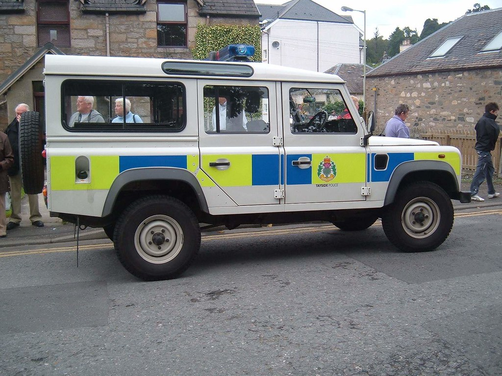 Tayside Police Land Rover Defender At Pitlochry Scotland