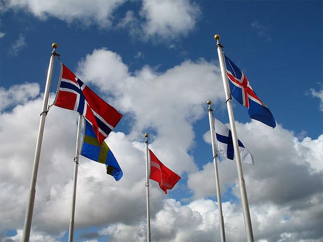 Banderas de los países nórdicos