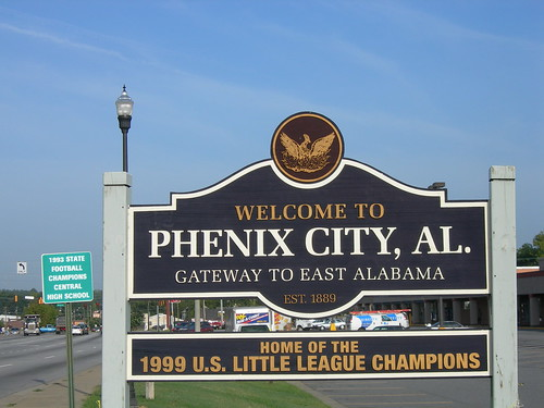 phenix city senior personals Favorite this post may 29 senior loan processor  (center city) map hide this posting  phenix salons - we have 1 suite available.