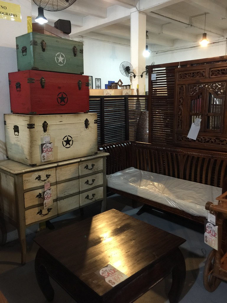 Love these vintage trunks and drawers at Wihardja