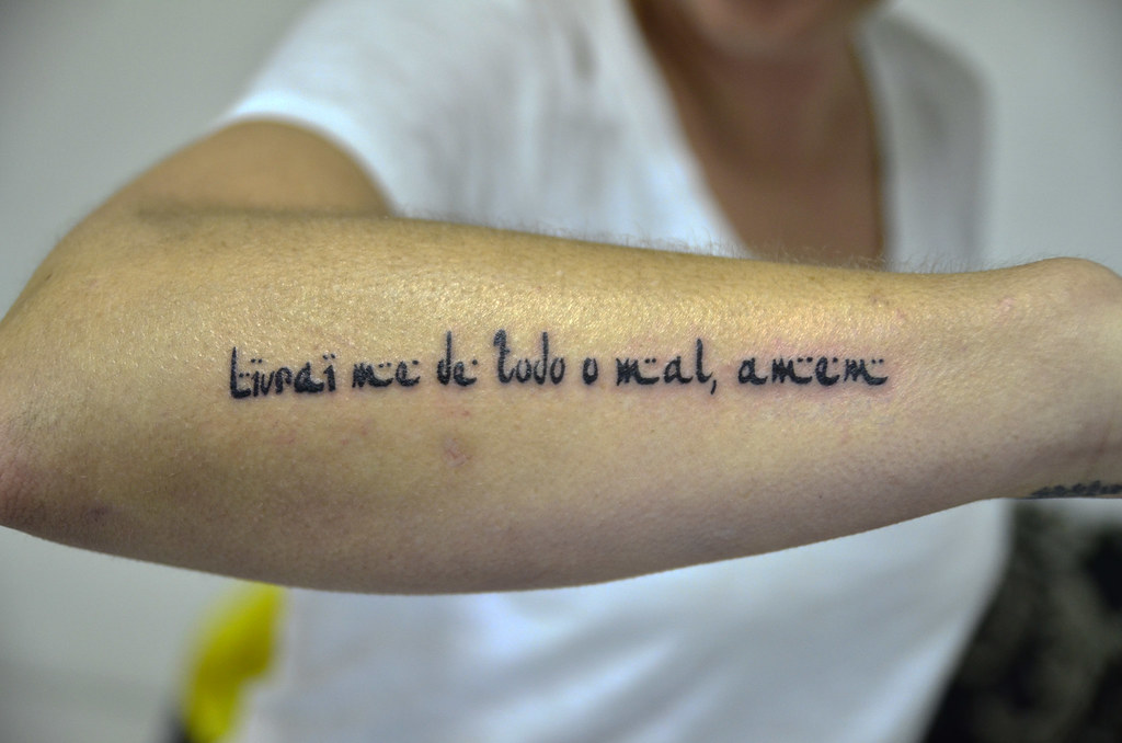 Livrai Me De Todo O Mal Amem Tatuagem Frase Thiago Padovani Flickr