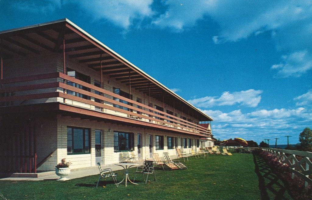 Edgewater Motel - Duluth, Minnesota