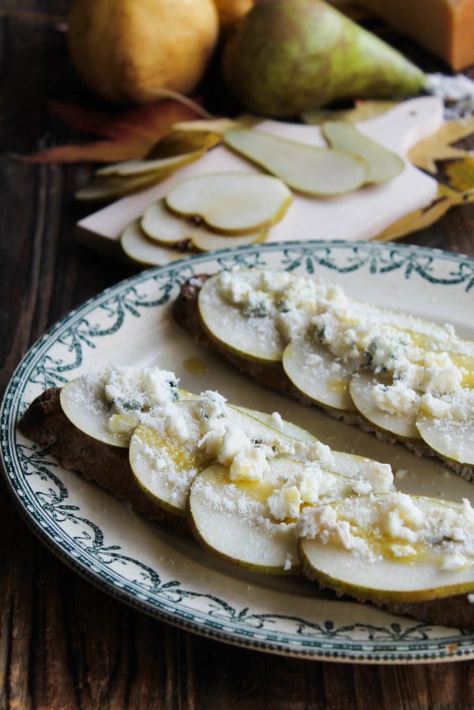 Tartine roquefort poire recette