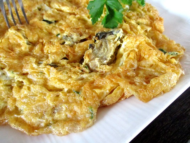 Flavours Thai Kitchen oyster omelette 2