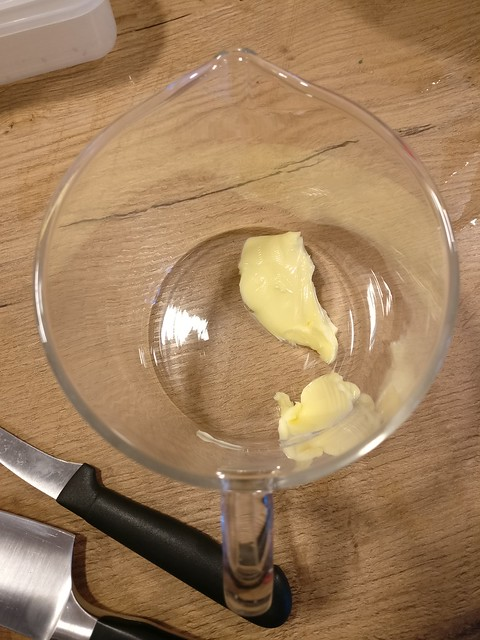 Boter voor de mosterdsaus
