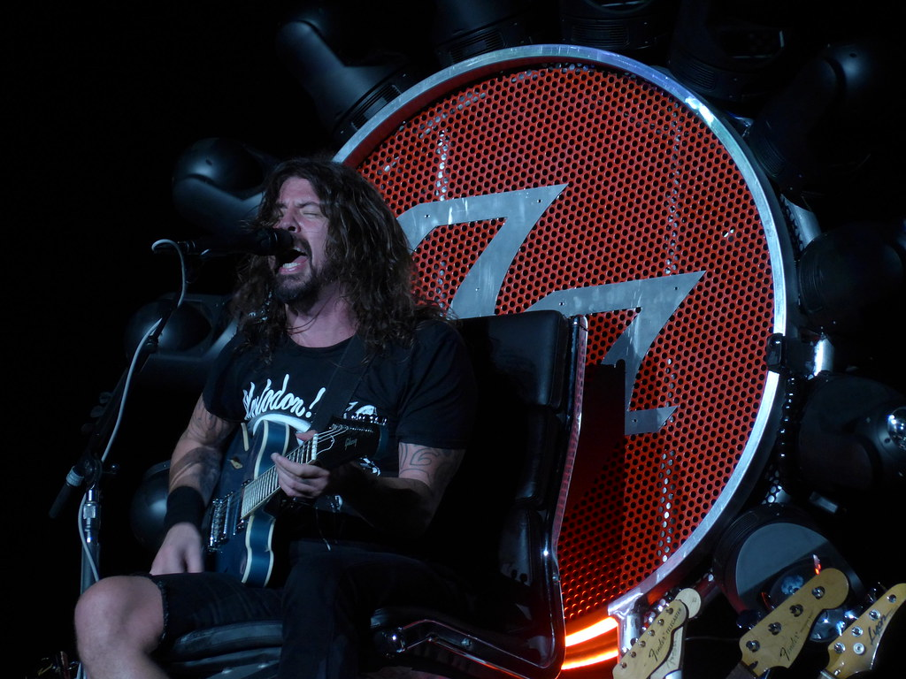 Foo Fighters at the Fabulous Forum | Monday, Septebmer 21, 2 ...