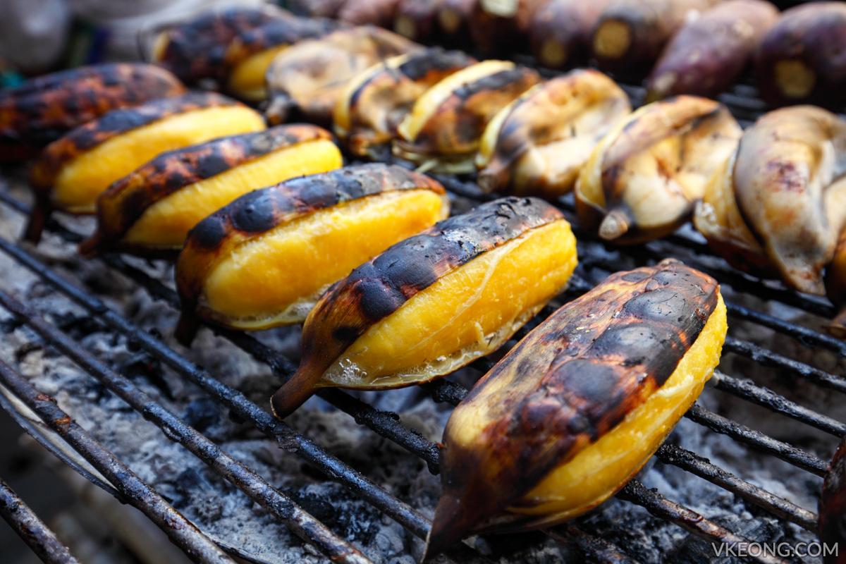 Bangkok Chinatown Yaowarat Grilled Ripe Bananas