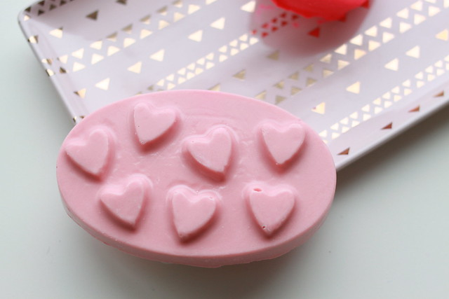 LUSH Valentine's Day 2017 Love Spell review