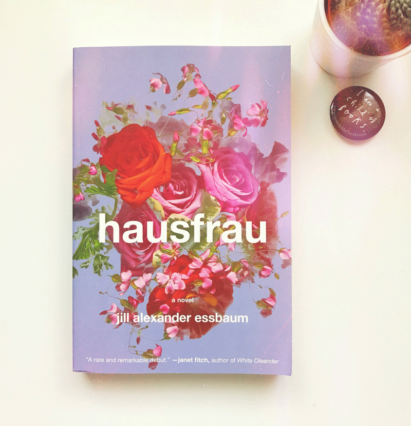 hausfrau book review blog uk vivatramp