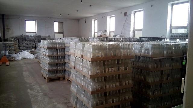 На Херсонщині СБУ вилучила контрафактну горілку на більше ніж півтора мільйона гривень