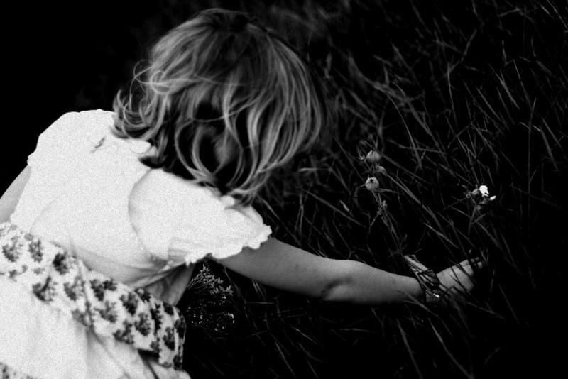 people-flowers-summer-girl