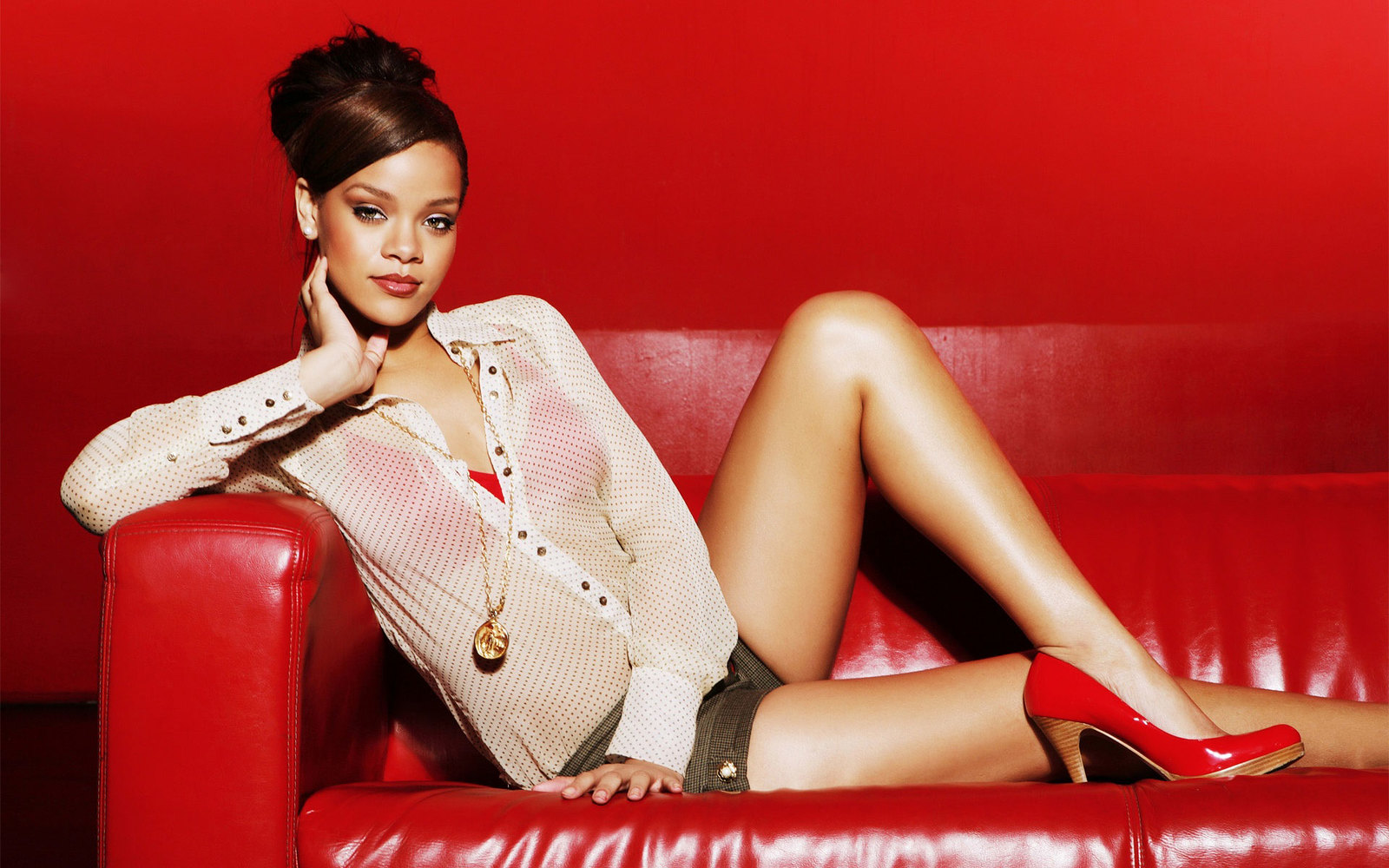 12 facts you didn't know about Rihanna
