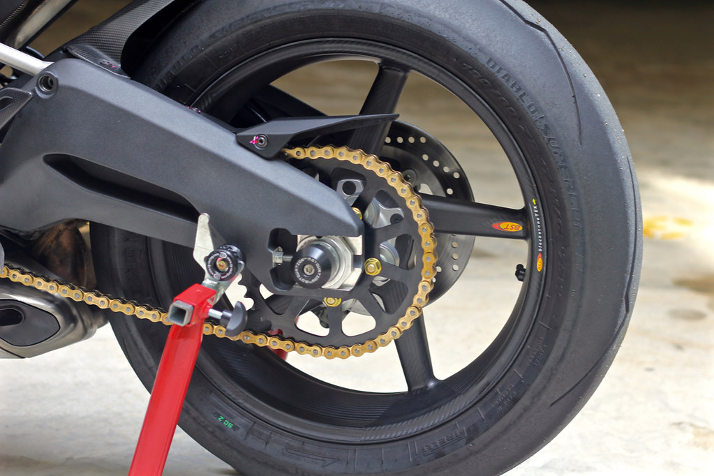 Ducati 899 Panigale With Rear Matt Finish Bst Carbon Fibre Flickr