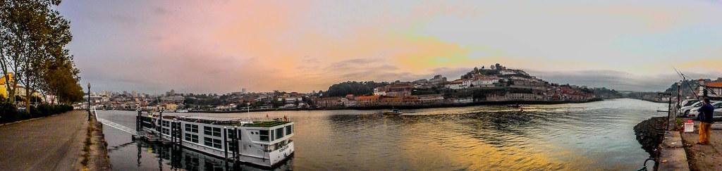 PB110037 Pano Oporto Panos Oporto Portugal